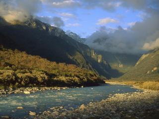 обои Copland River Above Welcome Flats, New Zealand фото