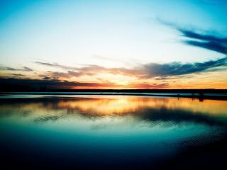 обои Красивый закат на озере фото