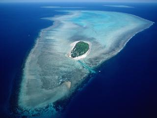 обои для рабочего стола: Остров в океане