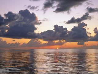 обои для рабочего стола: Вечернее море