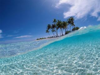 обои Волны вокруг острова фото