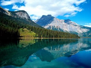 обои Emerald Lake, Yoho National Park, British Columbia фото