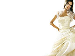 обои Alessandra Ambrosio в свадебном платье фото