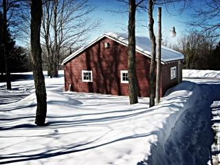 обои Домик в снегу фото