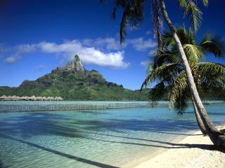 обои Bora Bora Shoreline, French Polynesia фото