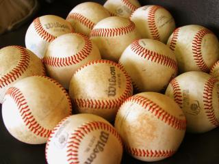 обои для рабочего стола: Бейсбольные мячи