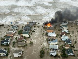 обои Наводнение и пожар фото