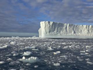 обои Blue Tabular Icebergs, Near South Georgia Island фото