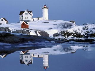 обои Nubble Lighthouse at Christmas, Maine фото