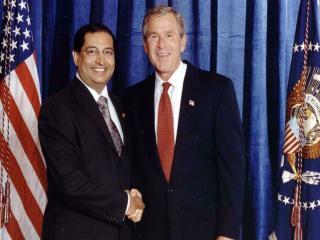 обои Dr.Desaiw - President Bush фото
