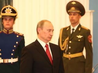 обои Путин на фоне военных фото