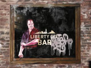 обои Граффити на тематику GTA IV Liberty city BAR фото