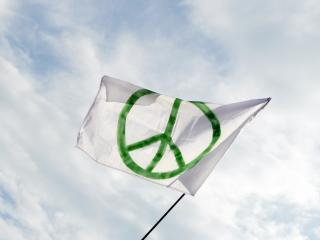 обои Make peace not war фото