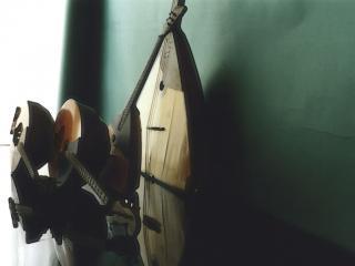 обои Струнные инструменты фото