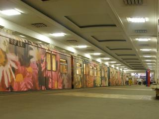 обои Граффити на поезде метро фото
