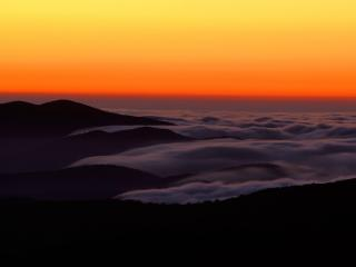 обои Foggy Sunset Over Clingman s Dome, Great Smoky Mountains фото