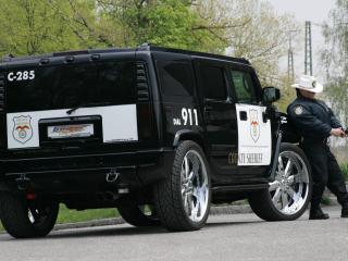 обои Police Hummer Geiger фото