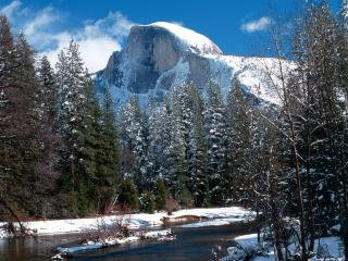 обои Half Dome in Winter, Yosemite National Park, California фото