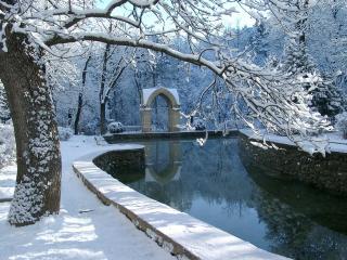 обои Зеркальный зимний пруд фото