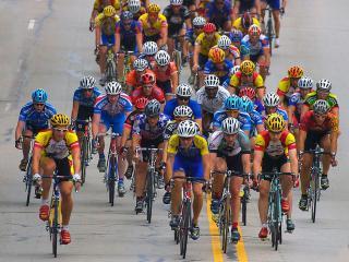 обои Жесткая велогонка фото